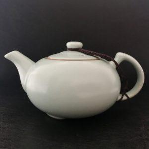 C012 théière chinoise terre cuite émaillée pour infuser le thé de Chine