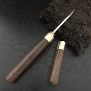 U003 pic à puer ou pu'erh en bois et laiton pour casser les thés compressés