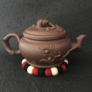 Sous tasse ou dessous de tasse en feutre Laine de Nouvelle Zélande transformée au Népal dans la Vallée de Katmandou Artisanat du Népal et Commerce équitable Décoration de table