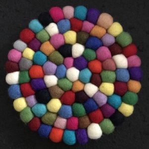 Dessous de plat en perles de laine du Népal N033