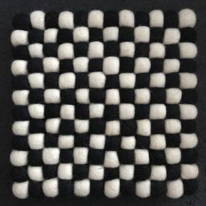 Dessous de plat en perles de laine du Népal N035