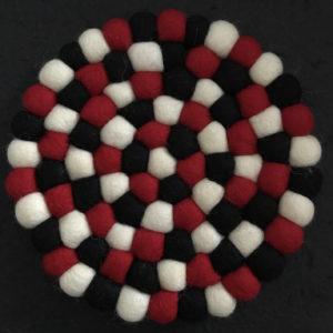 Dessous de plat en perles de laine du Népal N042